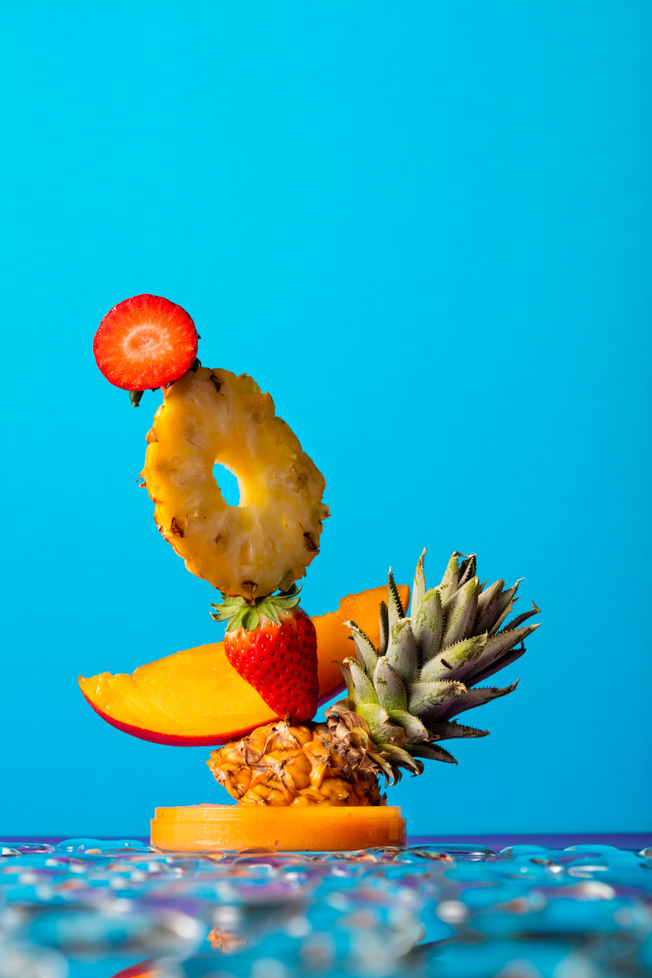 Smoothie sculpture, ananas, strawberry and mango