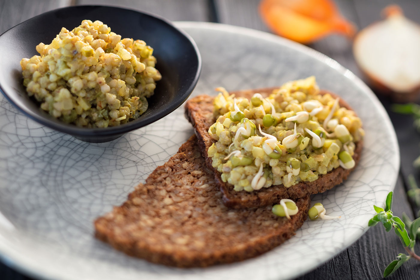 Recipe image of bread with vegetable spread